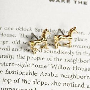GOLD DAINTY HORSE STUDS